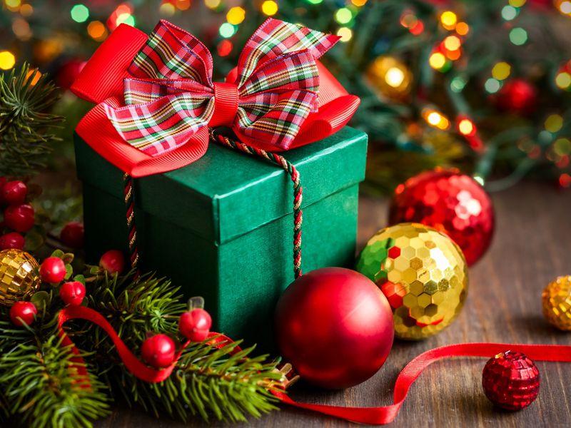 Новогоднее поздравление и Новогодние подарки от Элитные-Чаи.ру